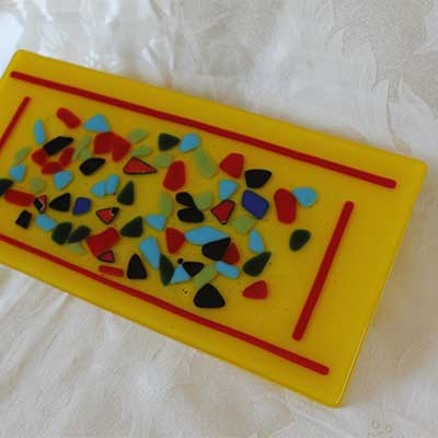 Yellow and red multi cheese plate alt